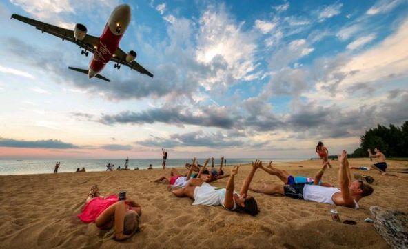 プーケット・マイカオビーチの新たな観光名所…写真撮影は注意!